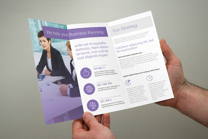 holding-leaflet-hand-marketing-message